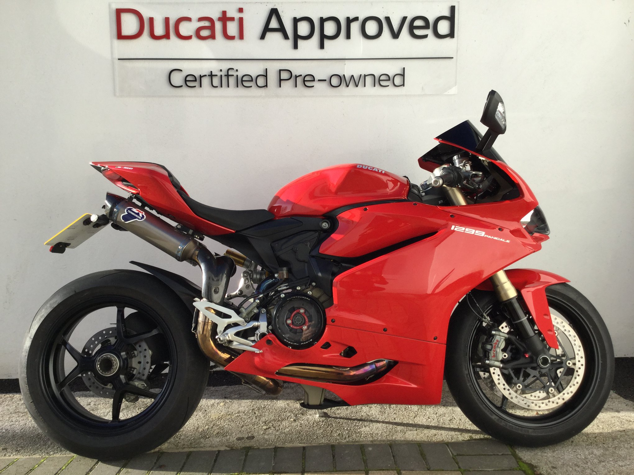 Here's a stunning 1299 Panigale we currently have in stock at our Peterborough store, Don't think we'll ever get bored of hearing this! Please call our Peterborough or Cambridge site for more information.